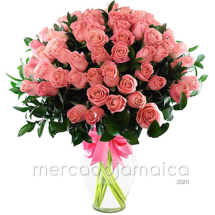80 Rosas Rosa Arreglo Floral