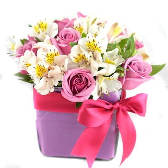 Arreglo Floral con Rosas Moradas 762